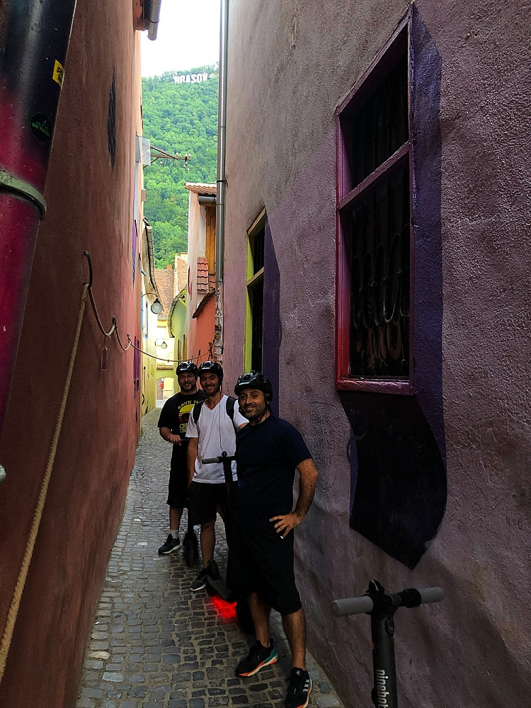 eScooter tour Brasov Rope street
