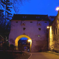 brasov-by-night_